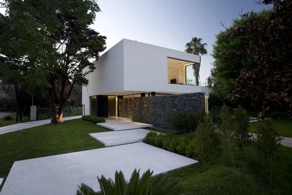 Maison contemporaine blanche for Maison contemporaine blanche