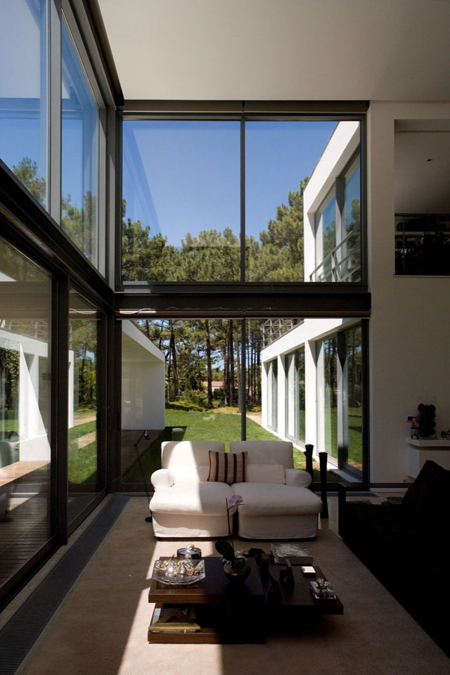 maison design au portugal salon. Black Bedroom Furniture Sets. Home Design Ideas