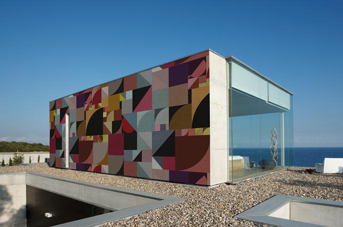 Mur exterieur peint for Mur design exterieur