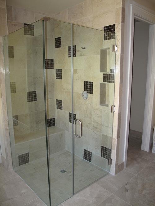 10 portes de douches contemporaines. Black Bedroom Furniture Sets. Home Design Ideas
