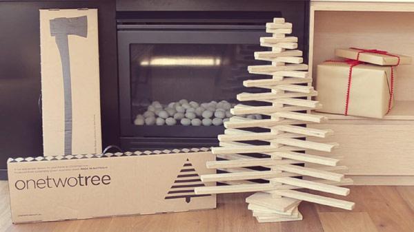 one two tree le sapin de noel cologique. Black Bedroom Furniture Sets. Home Design Ideas