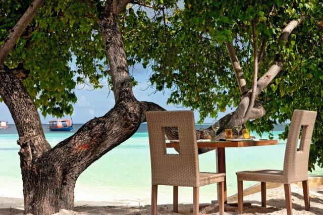 Hotel-Constance-Moofushi-Maldives-06