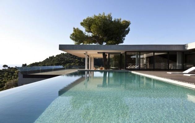 Villa avec piscine d bordement en gr ce for Villa design avec piscine