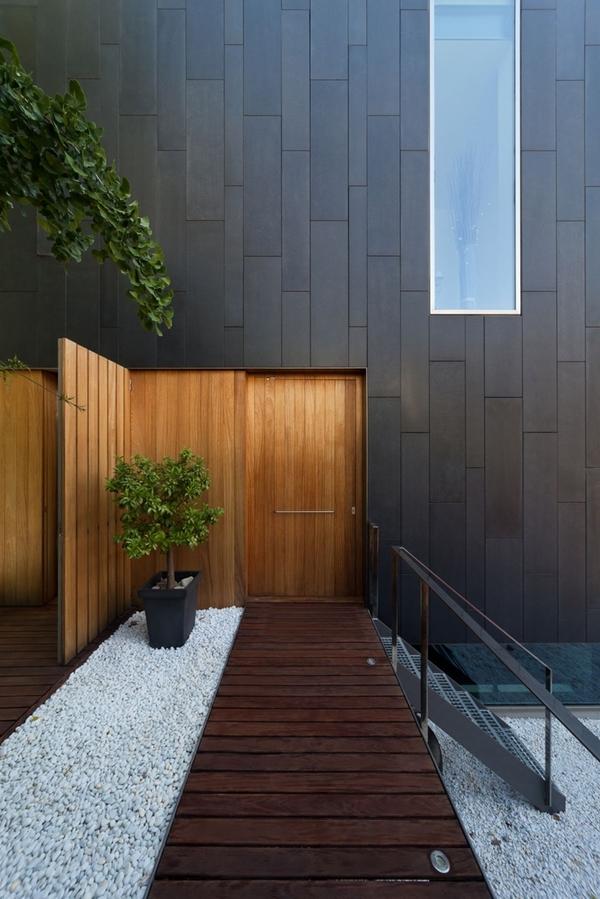entree maison bois