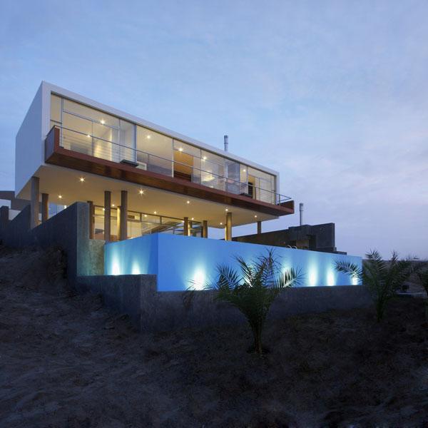 Maison contemporaine cubique 01 for Architecture cubique
