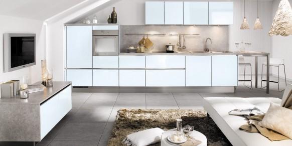 Cuisines design noires et blanches mobalpa for Cuisine 3d mobalpa