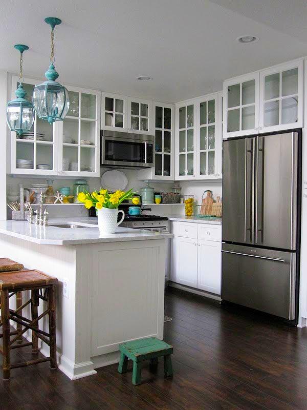 20 id es pour am nager et d corer une petite cuisine. Black Bedroom Furniture Sets. Home Design Ideas