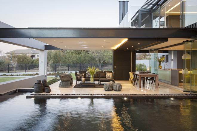 maison ultra design en afrique du sud. Black Bedroom Furniture Sets. Home Design Ideas