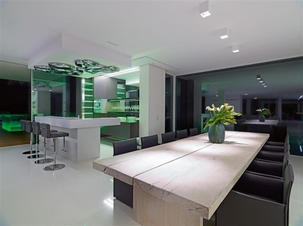 maison contemporaine luxe 17. Black Bedroom Furniture Sets. Home Design Ideas