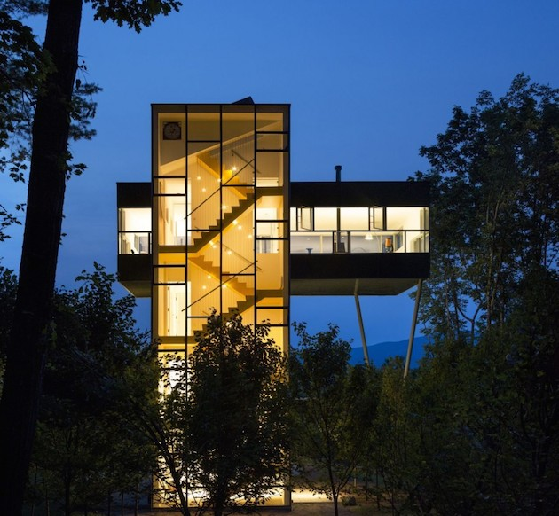 Maison tour verre 01 for Maison moderne tours