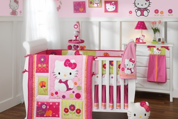 Agreable Decoration Chambre Bebe Hello Kitty