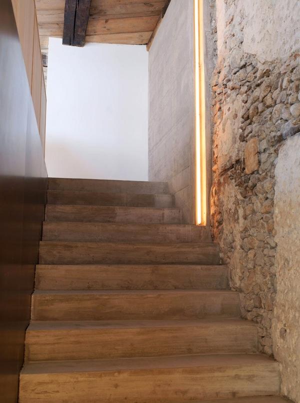 escalier-brut-beton