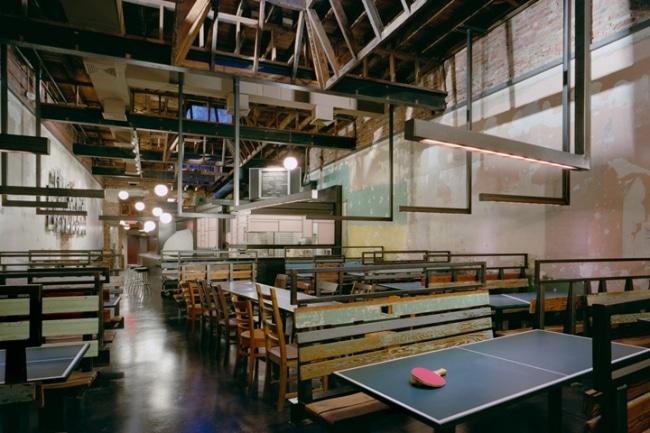 D 233 Coration D Un Restaurant Avec Des Tables De Ping Pong