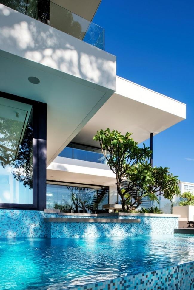 villa de luxe avec int rieur contemporain. Black Bedroom Furniture Sets. Home Design Ideas
