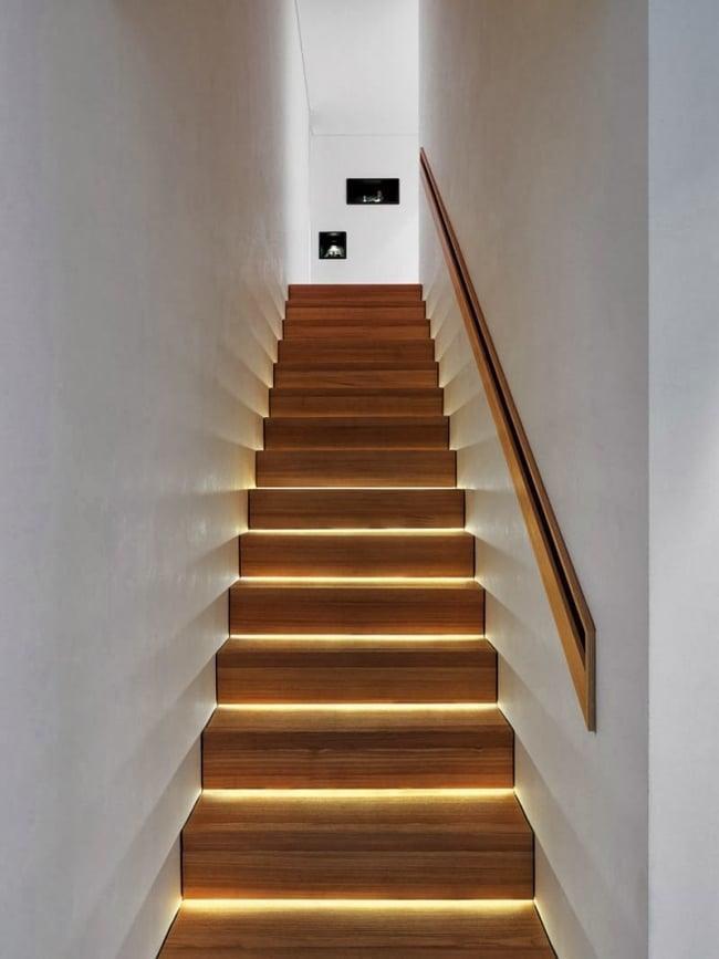 id es d 39 clairage indirect pour un escalier. Black Bedroom Furniture Sets. Home Design Ideas