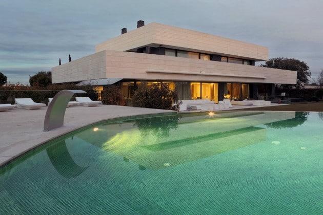 Maison contemporaine architecte a cero for Maison moderne avec piscine