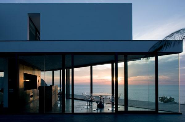 Maison Contemporaine En Espagne : Maison contemporaine blanche et grise de aabe