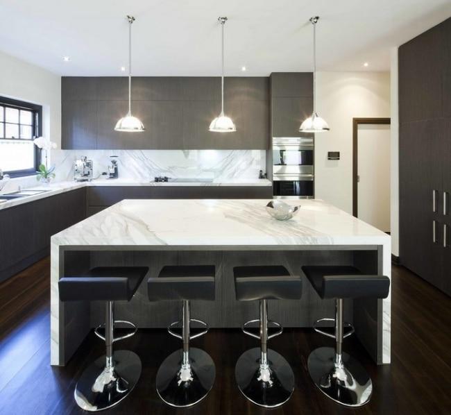 Idées décoration de cuisines et de salles de bain en marbre