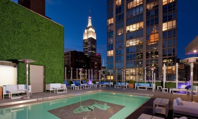 Les 50 meilleurs bars rooftop new york for 5th avenue salon bedford