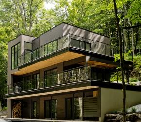 Les plus beaux chalets en bois inspiration d coration de for Chalet bois contemporain