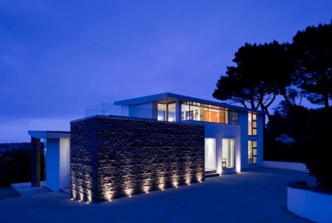 maison contemporaine eclairage exterieur01. Black Bedroom Furniture Sets. Home Design Ideas