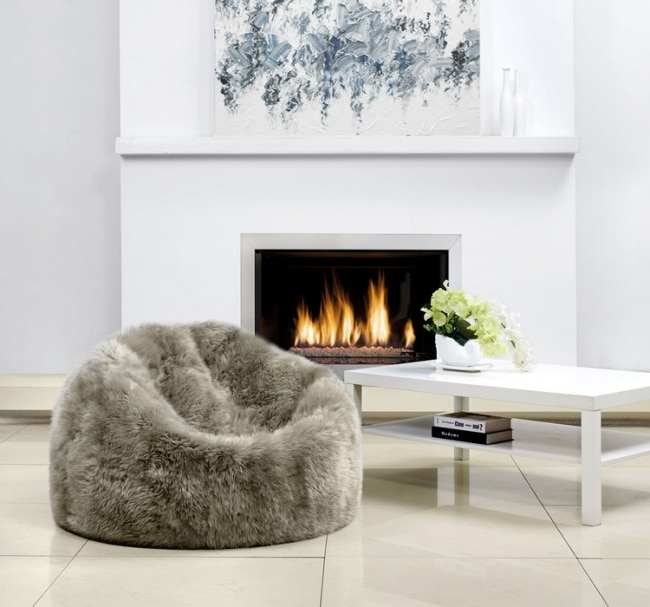 poufs contemporains en peau de mouton parkerwool. Black Bedroom Furniture Sets. Home Design Ideas