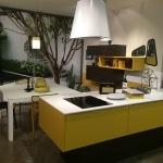Cuisine-mobalpa-Facades-Jaunes-Plan-Travail-Blanc