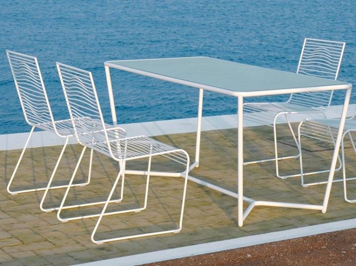 Amazing chaises design blanches pour salon exterieur with chaise exterieur design