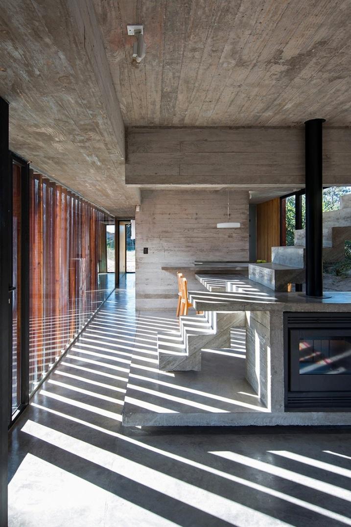 Interieur de maison en beton brute - Deco maison moderne fw house par dphs architects ...
