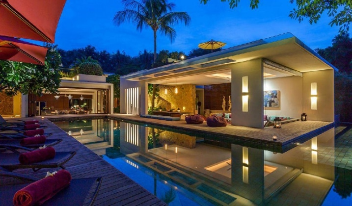 Idee decoration poolhouse for Piscine pool house des idees