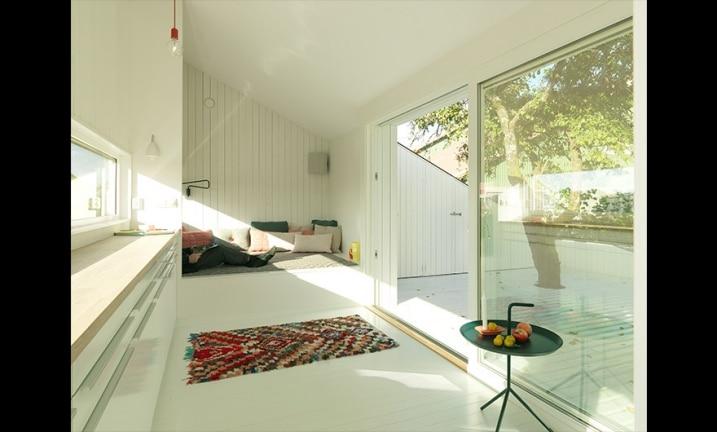 Intérieur maison de jardin