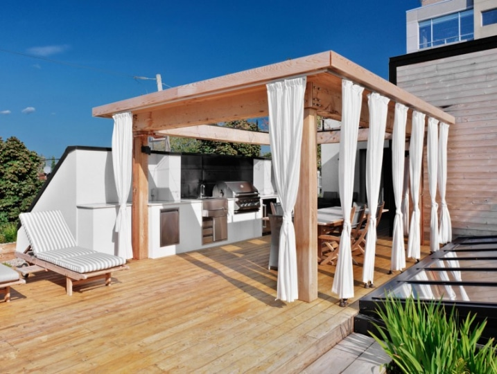 pergola en bois sur terrasse. Black Bedroom Furniture Sets. Home Design Ideas