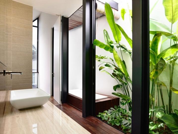 de bain avec jardin intérieur