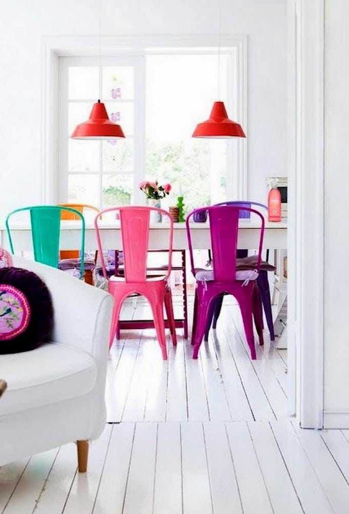 Chaises Tolix colorées