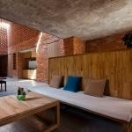 Intérieur bois briques et beton