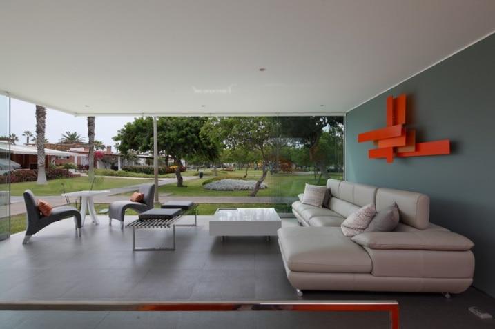 Int Rieur De Maison Avec Baies Vitr Es En Angle