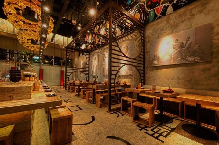 Décoration d un restaurant japonais par mojo design