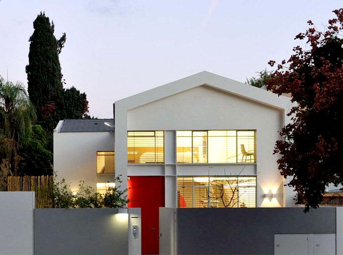 maison avec toit deux pans