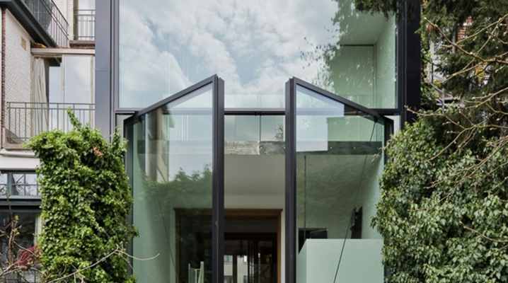 Maison Moderne Avec Grande Baie Vitree. Stunning Maison Moderne ...