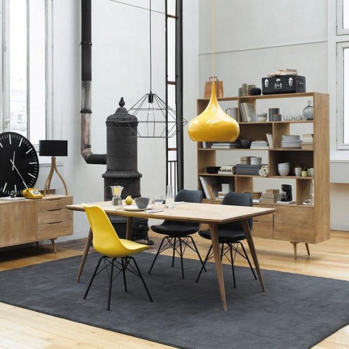 Chaise Eames jaune pieds noir