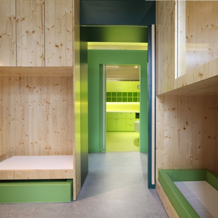 Cr che design avec une forme avant gardiste for Chambre dortoir design