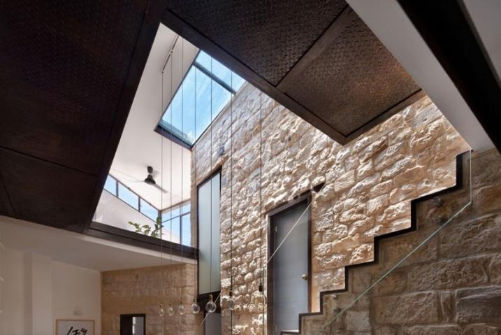 Murs en pierre apparentes - Renovation vieille maison pierre ...
