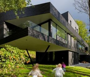 Villa contemporaine flottante