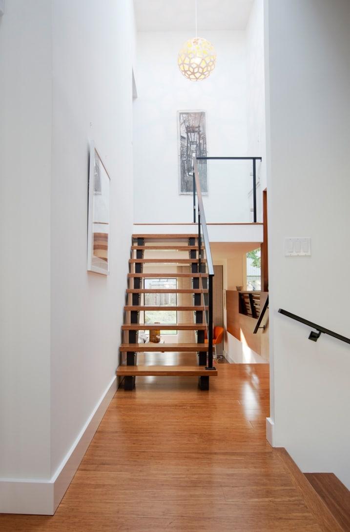 r novation escalier contemporain. Black Bedroom Furniture Sets. Home Design Ideas