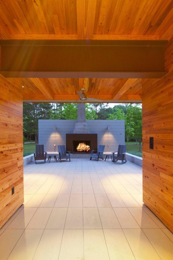 maison au bord d 39 un tang en louisiane. Black Bedroom Furniture Sets. Home Design Ideas