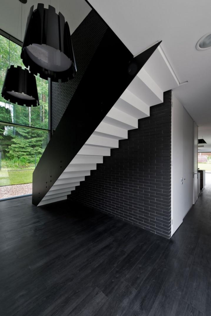 escalier noir et blanc. Black Bedroom Furniture Sets. Home Design Ideas