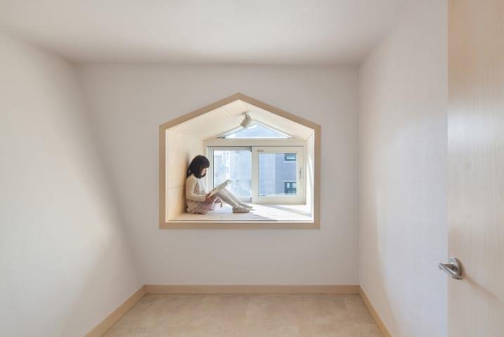 Banquette fenêtre minimaliste