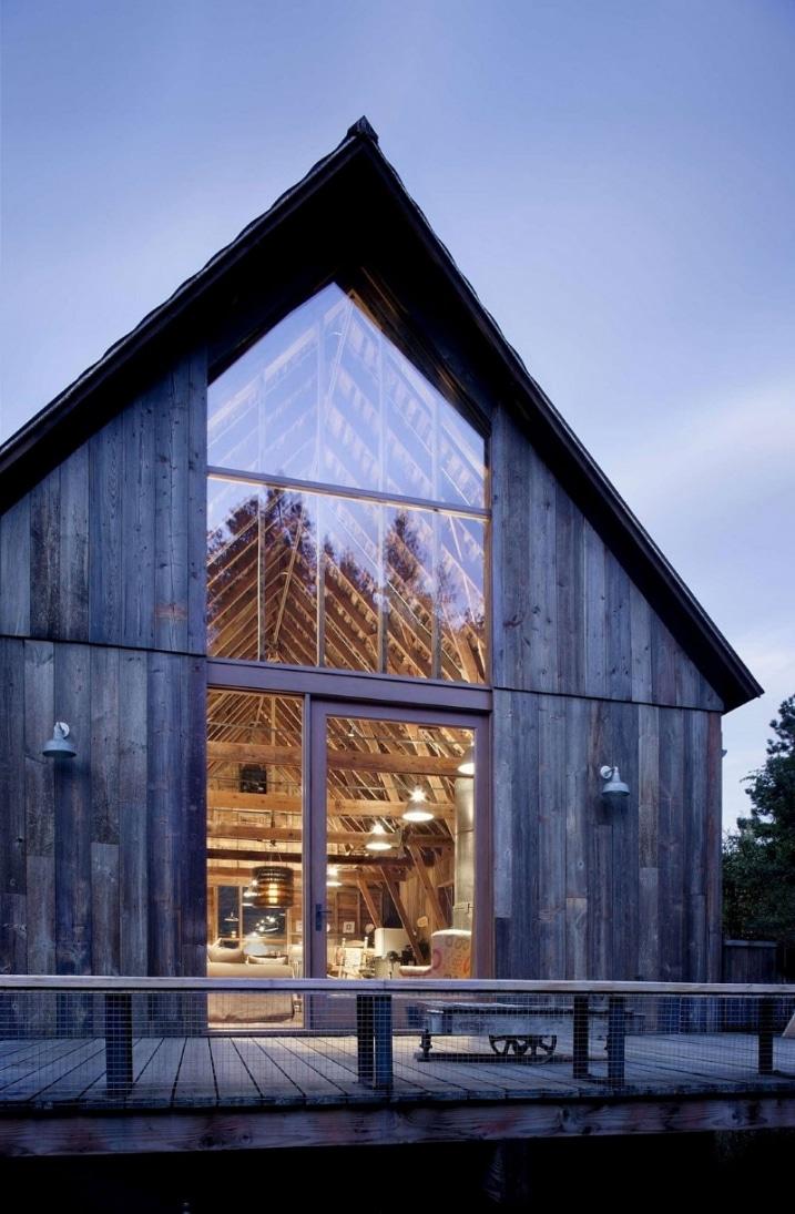 r novation d 39 une vieille ferme avec un style industriel. Black Bedroom Furniture Sets. Home Design Ideas