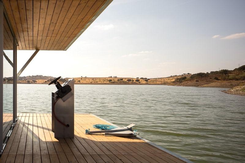 Terrasse maison flottante