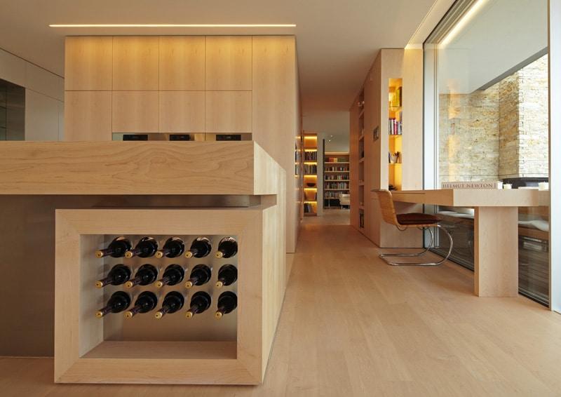 rangement bouteille de vin dans une cuisine. Black Bedroom Furniture Sets. Home Design Ideas